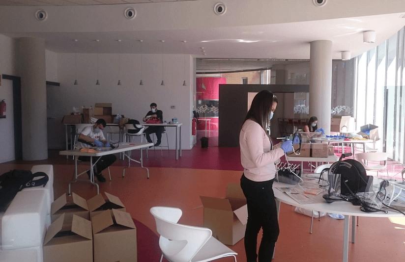 Els makers es coordinen per fer front a la COVID-19